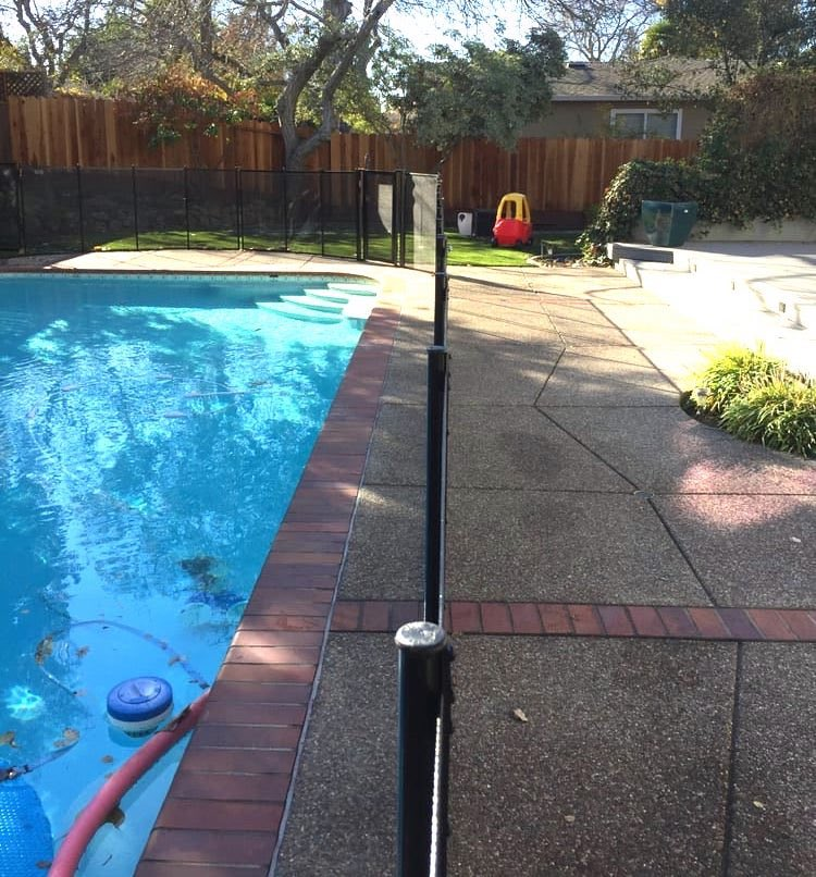 Foster City Baby Barrier Pool Fence