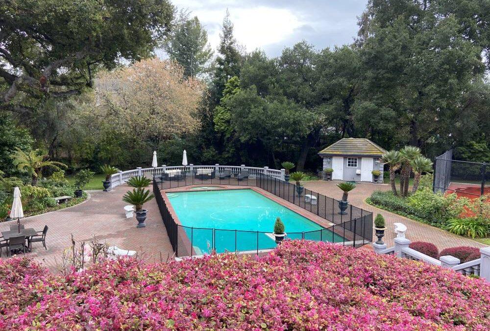 Pool Fence Company in California